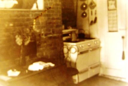 E 9thSt Apt NYC1964.JPG